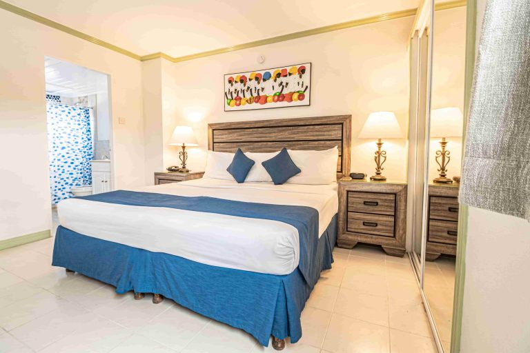 One_Bedroom_with_Two_Twin_Beds_copy